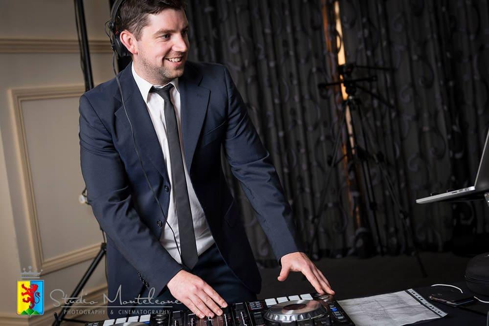 Adelaide Professional Wedding Djs | Multi-ABIA Award Winning