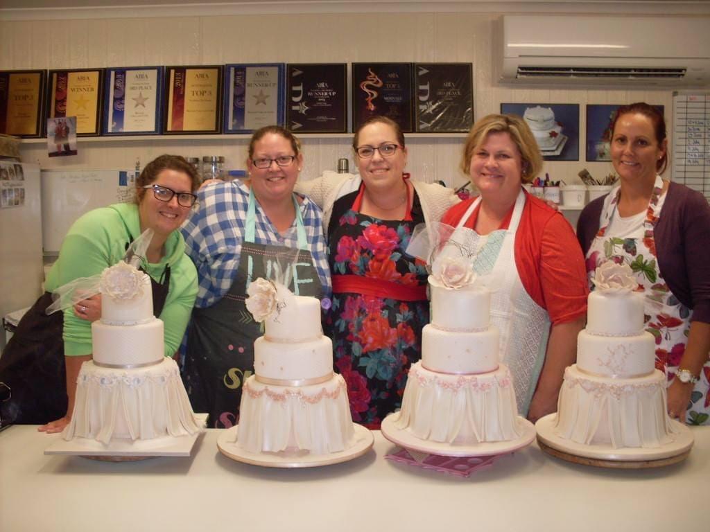 Merivale Cakes & Crafts - Wedding Cake Decorating Classes