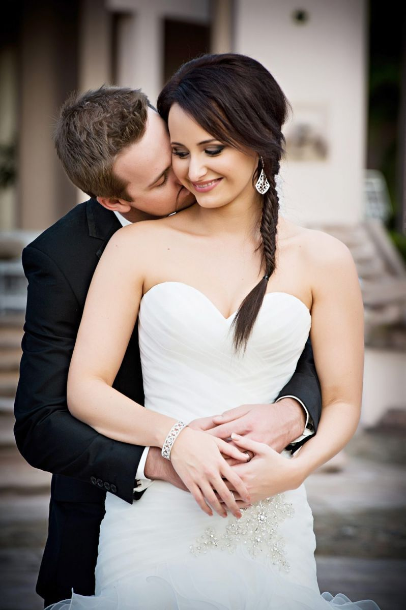 Powerful Wedding Photography Brisbane- Helen McConnell