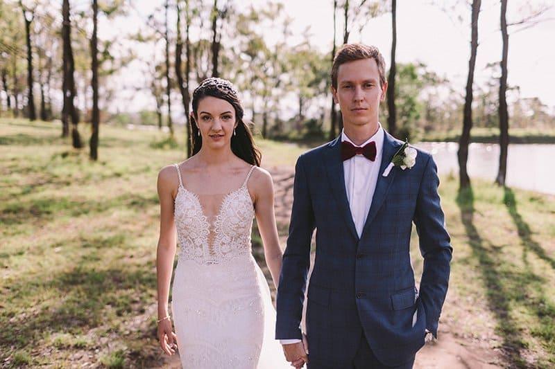 Bride and Groom Wedding Photo Ideas - Winery